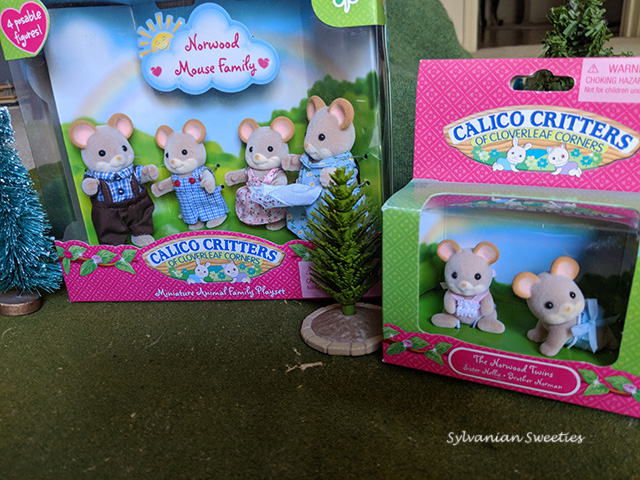 Calico Critters Norwood Mouse Family