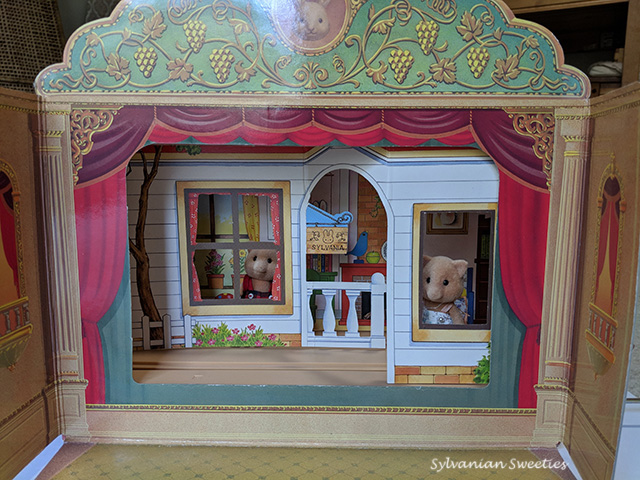 JP Theatre - This theatre is made of cardboard and plastic.  It has 12 different backgrounds and 3 movable figure holders. This is one of my favorite pieces in my collection!