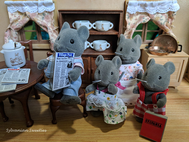 US Tomy Thistlethorn Family. Chester runs the Sylvanian newspaper, Prissy likes to sing, Willow is very polite, and Lester likes to write poetry remember?
