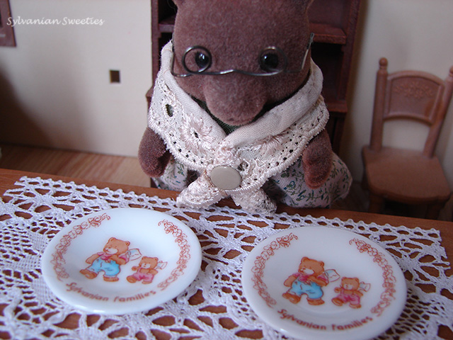 JP Ceramic Plates with Bears