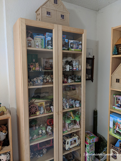 Glass Cabinet with Figures and Special Sets